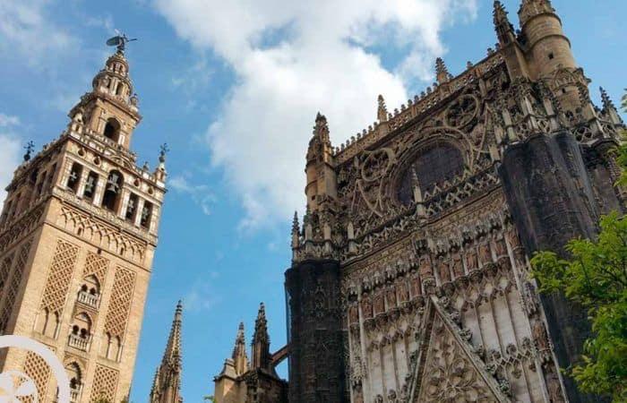 catedral y giralda visita guiada catedral de sevilla