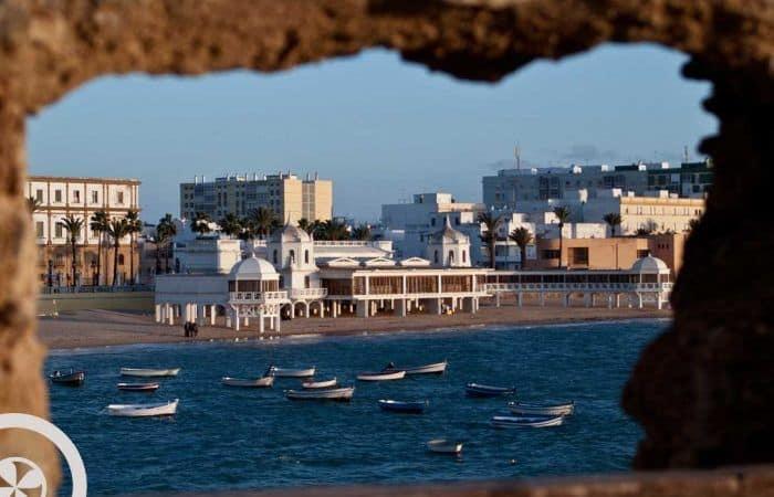 playa caleta cádiz excursión a cádiz desde sevilla