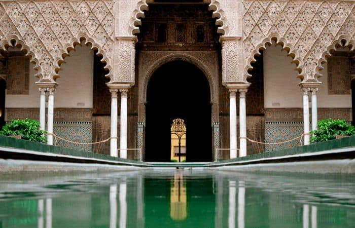 guided visit and jump the queue cathedral and royal alcazares seville
