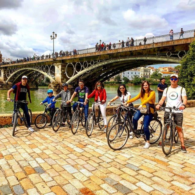 Seville bike tour #seville #bikelife #livingandalusiandream #biketour #family #friends #smiles